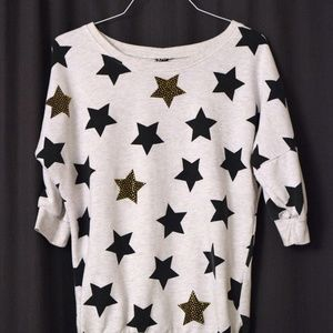 Sweaters - Oversized bedazzled star sweater